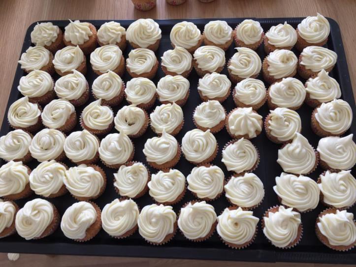 6maj-17-cupcakes-många